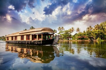 ENTIRE KERALA TOUR PACKAGE