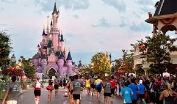 DISNEYLAND PARIS TOUR