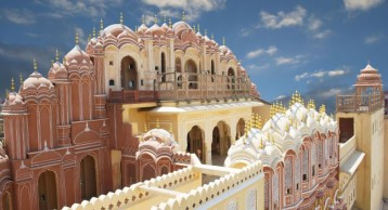 Delhi (2) – Agra (1) – Jaipur (2) – Pushkar (1)